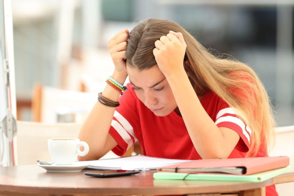 Comment arrêter de stresser pour les cours et les contrôlesà l'école ?